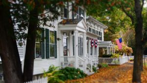 8 Surprising Reasons Fall is THE BEST Time to Buy a Home
